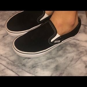 Vans off the wall, size 6.5